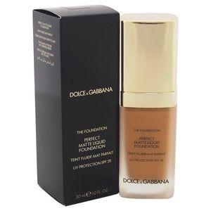 Dolce and Gabbana foundation
